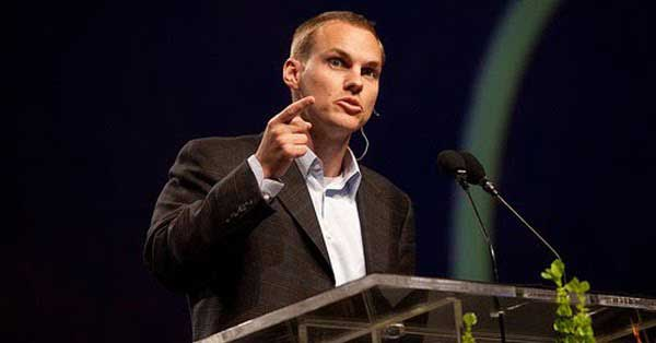 David Platt to Stop Trying to Convince Christians to Live Biblical Lives
